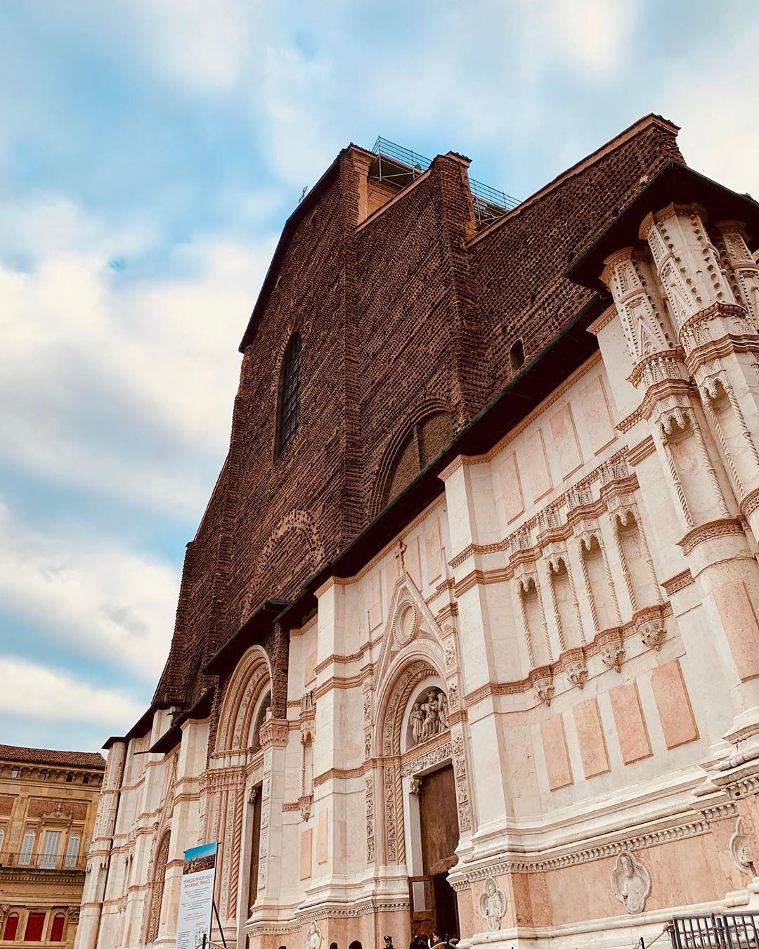 Bologna, San Petronio | Ph. @sabrsissi