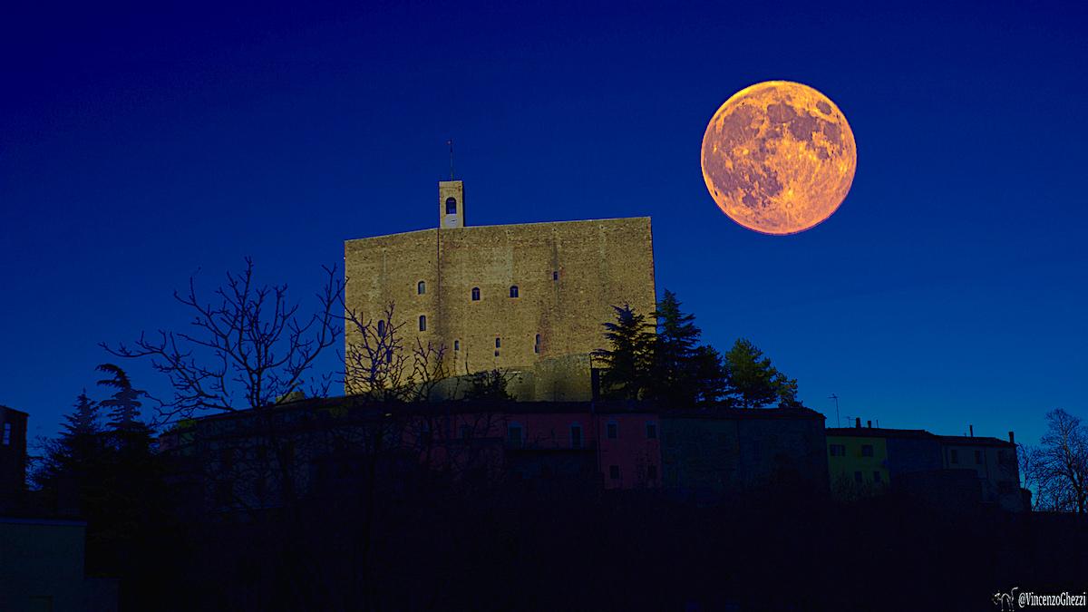 Il palatium di Montefiore Conca | Foto di Vincenzo Ghezzi, via Flickr