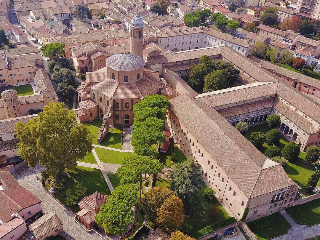 Ravenna - Complesso di San Vitale | Foto di Serge_us, via #Instagram