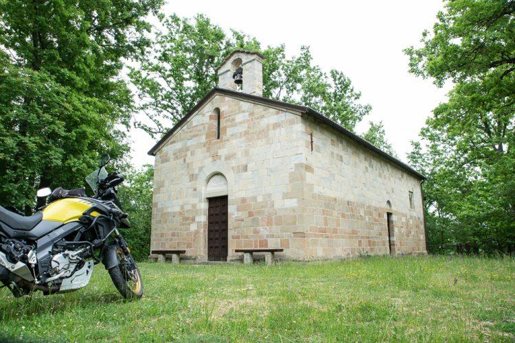 Appennino Emiliano romanico in moto, Oratorio di Beleo RE