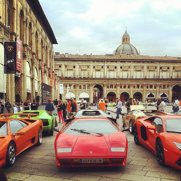 ViaEmiliaMotors @itsoriana_ Lambo50 a Bologna