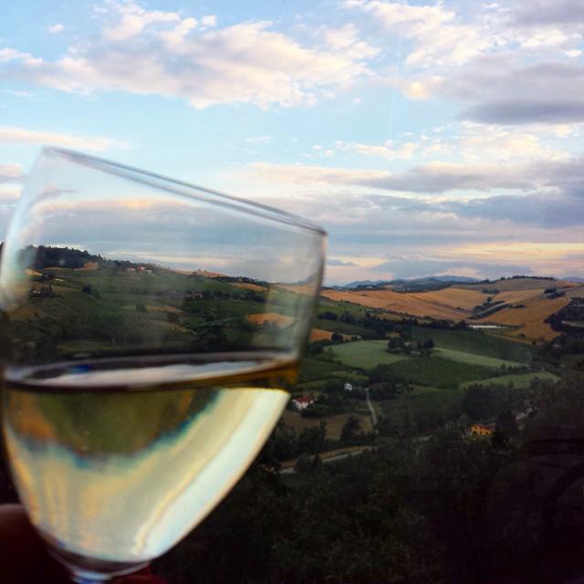 ViaEmiliaWine @enricalazzarini L'EmiliaRomagna in un bicchiere, Dozza
