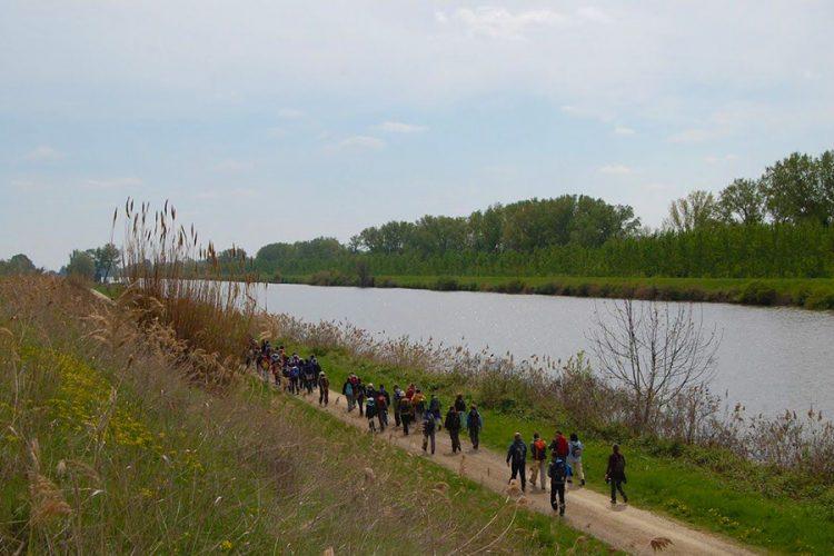 Viaggio lento in primavera con Trekking col treno al-rifugio-piu-basso-ditalia