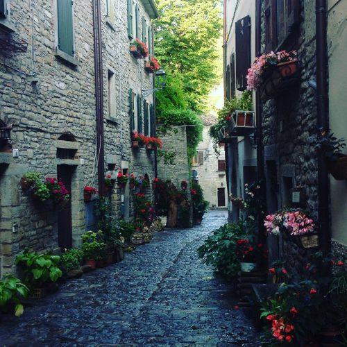 Vicoli-medievali-a-Portico-di-Romagna-Anna_Maria_Peronese
