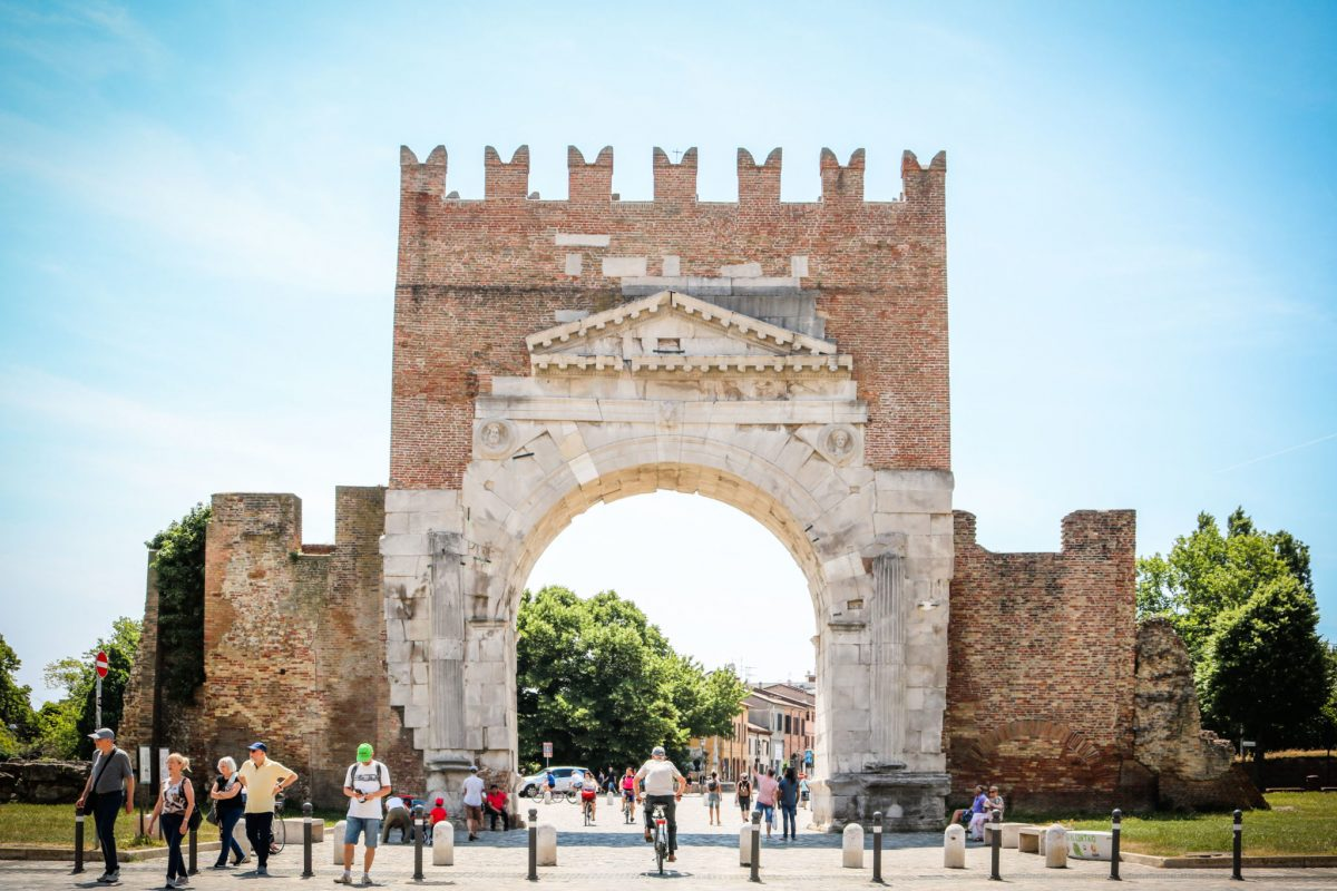 Arco di Augusto (Rimini)