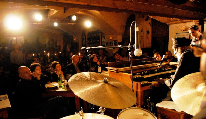 Musica - La Night Life bolognese