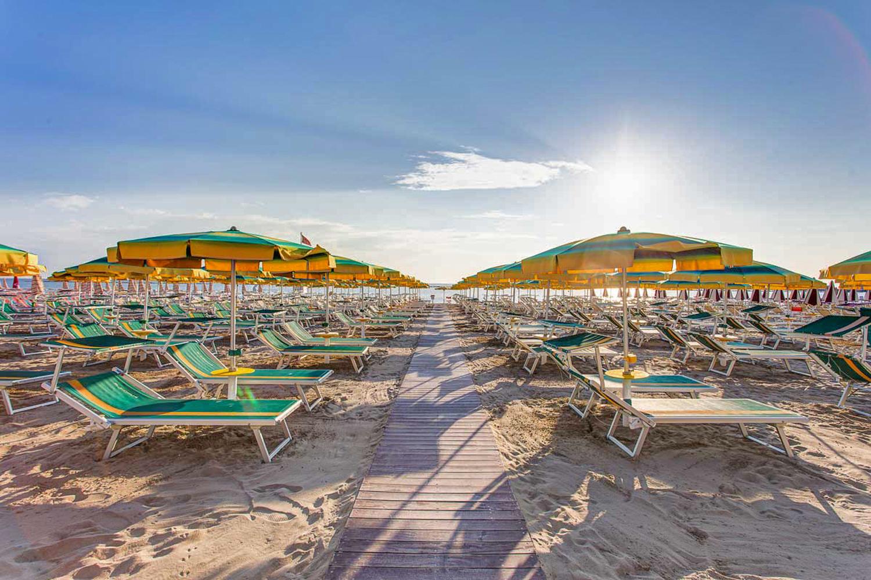 Spiagge di Cesenatico | Foto tratta da www.hotelcrocedelsud.it