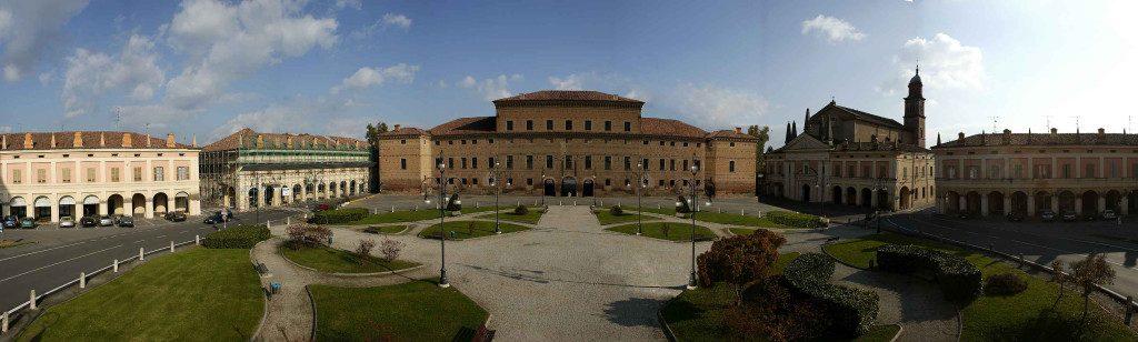 Gualtieri - Piazza Bentivoglio