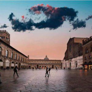 [ParlamiditER] Piazza Maggiore: 4 passi nel cuore di Bologna