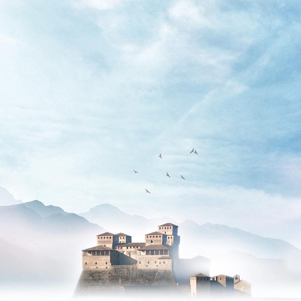 @kidvikk  Torrechiara Castle