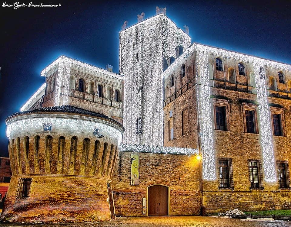Dicembre in Emilia-Romagna: a spasso tra le luci di Natale