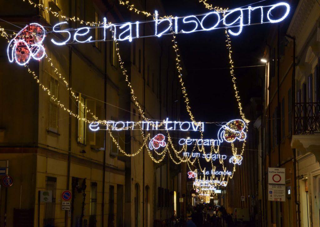 Rimini, luminarie Vasco Rossi