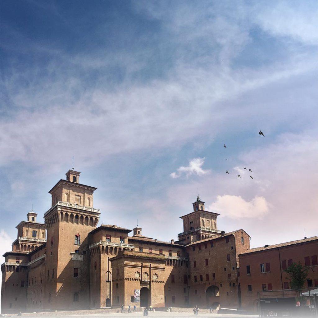 @kidvikk   Ferrara Castle