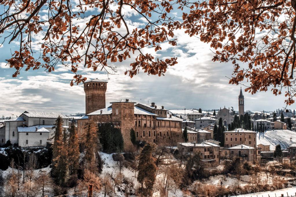 Castello di Levizzano sotto la neve, Ph. Luca Nacchio