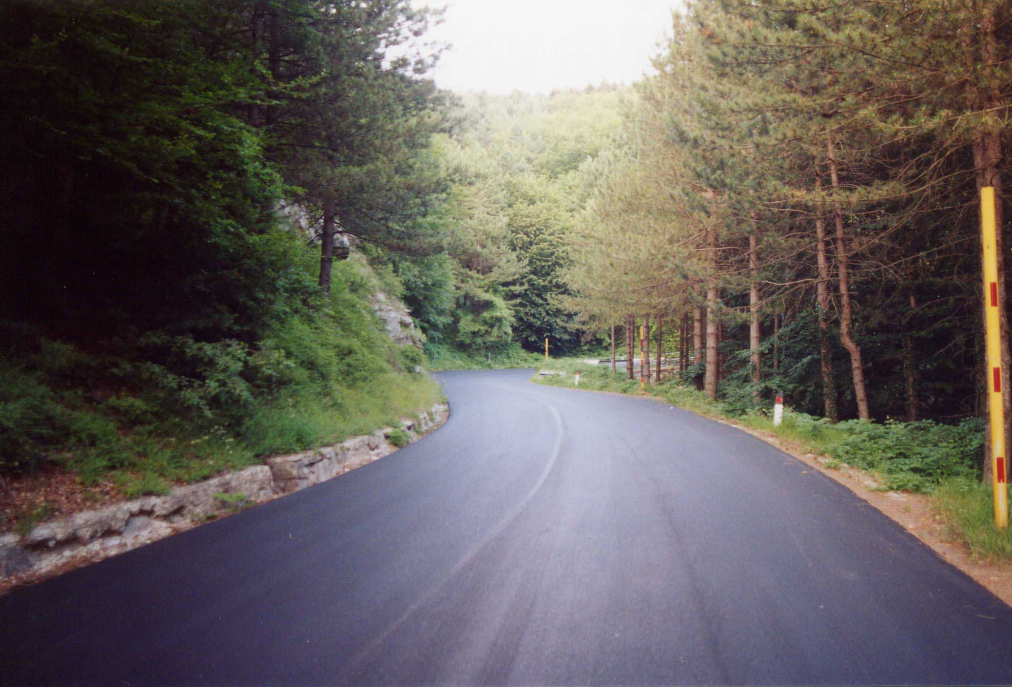 From Emilia-Romagna to Tuscany on two wheels: the Muraglione pass