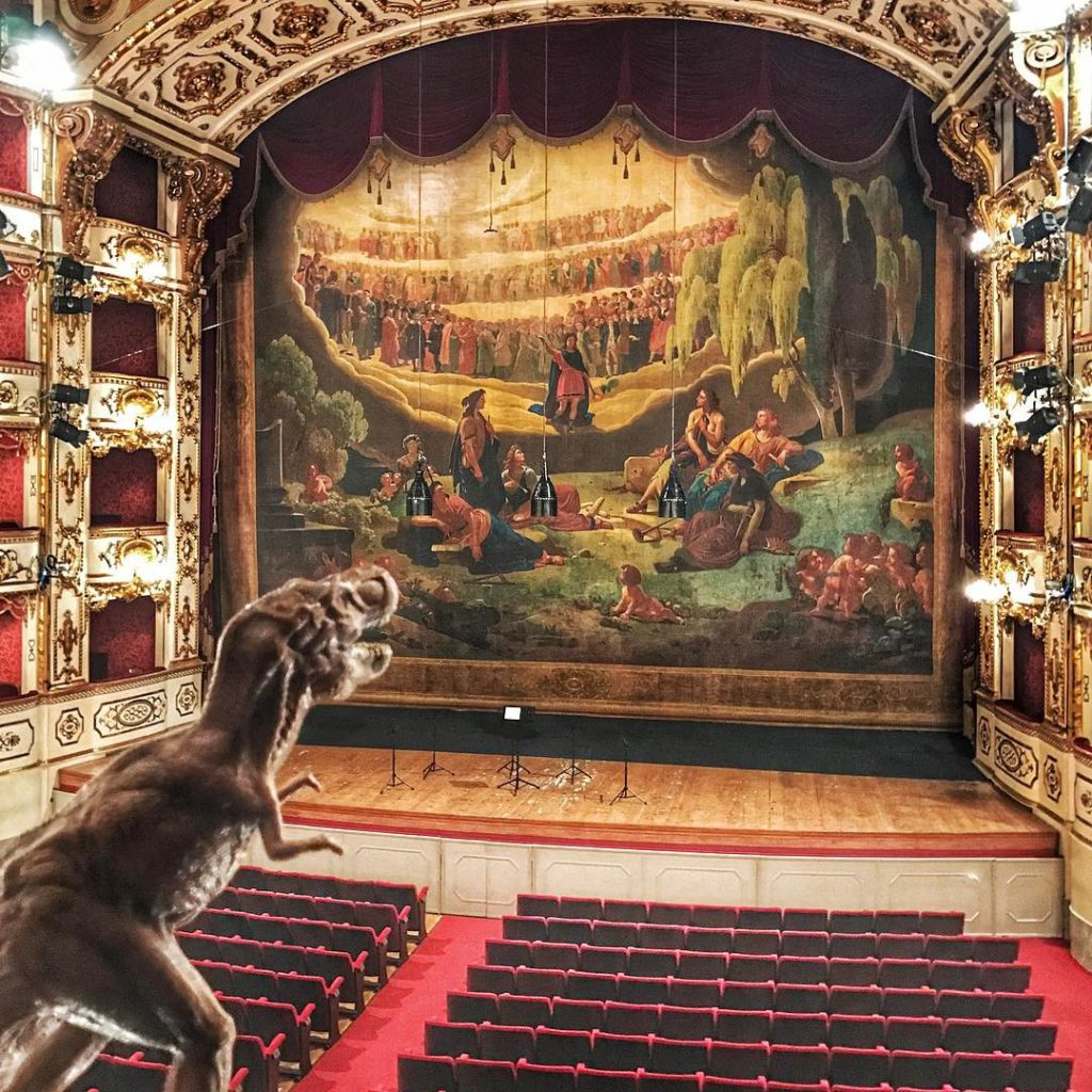 Stagefright… or #emptyteatrovalli in Reggio Emilia?!? RawrYeah, T-Friends that was amazing to visit this wonderful #emptytheater ! Foto di @osnuflaz