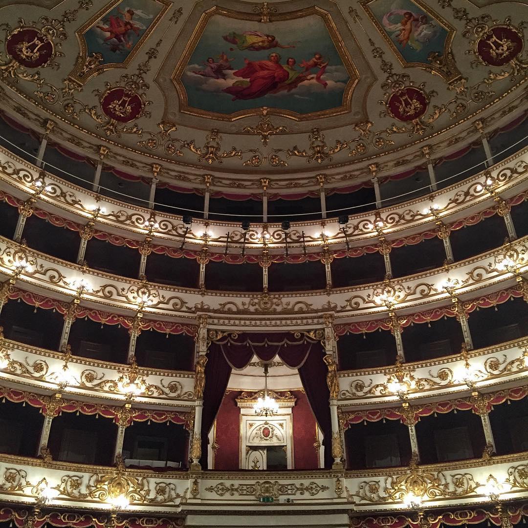 EmptyTeatroER   Il Teatro Valli di Reggio Emilia