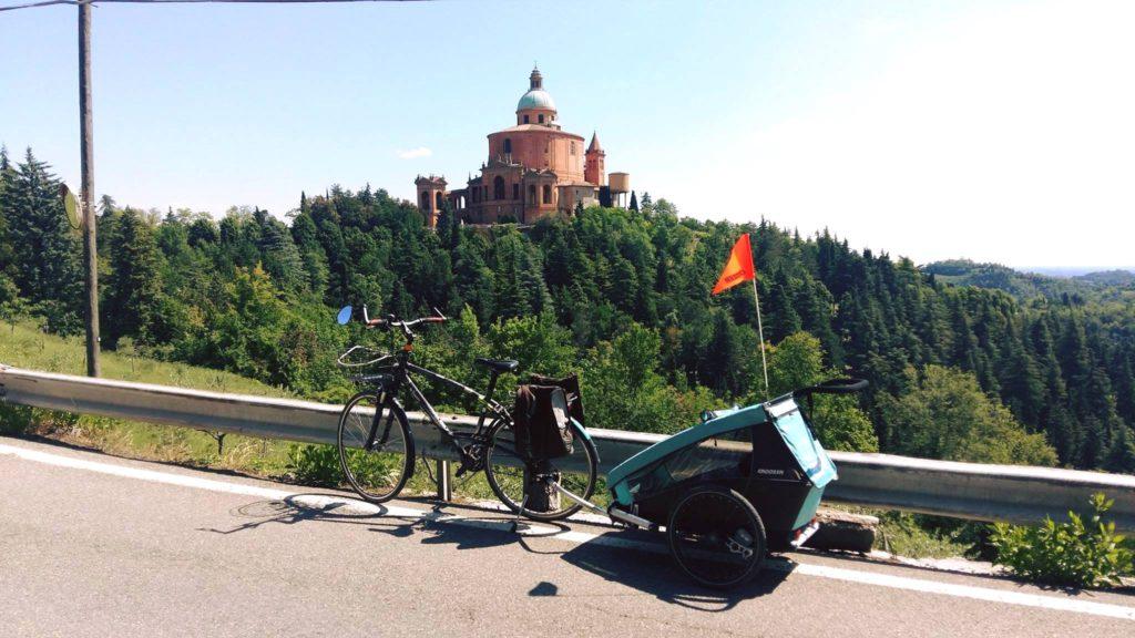 Bologna, San Luca in bici - Ph. Dynamo Velostazione