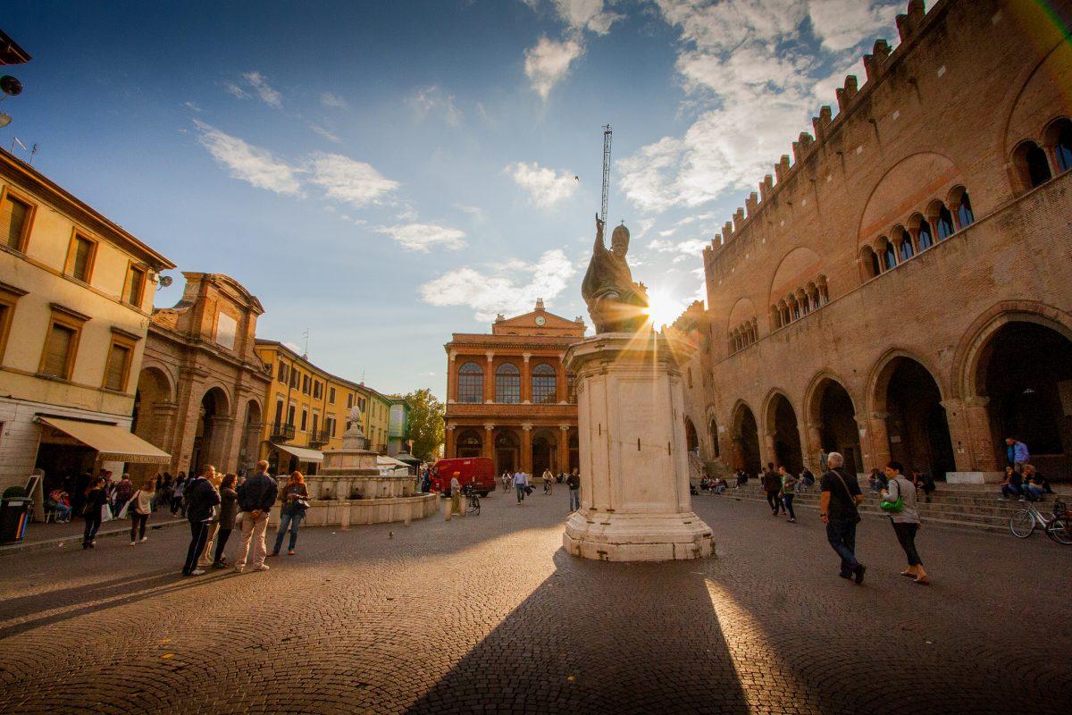 Piazza Cavour (Rimini)