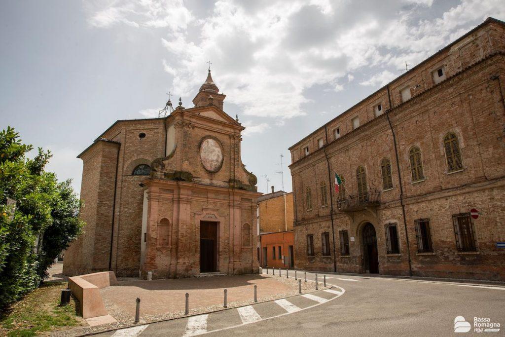 Cotignola (RA), Piazzetta della Pace, Archivio BassaRomagnaMia, CC-BY-NC-SA 3.0