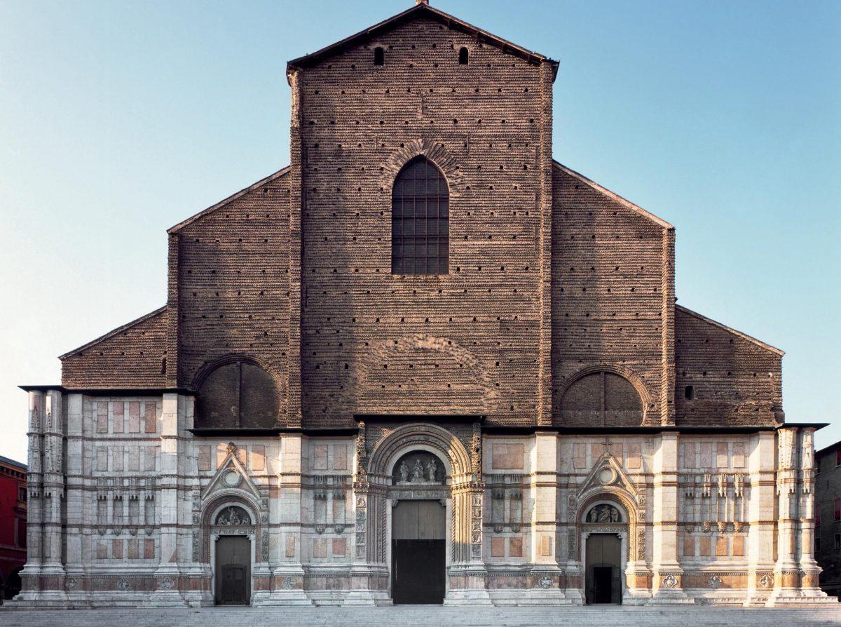 Churches in Emilia Romagna: the most beautiful façades