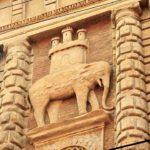 Bologna, elefanti in Strada San Vitale, ph. facciamoungiroincentro.blogspot.com