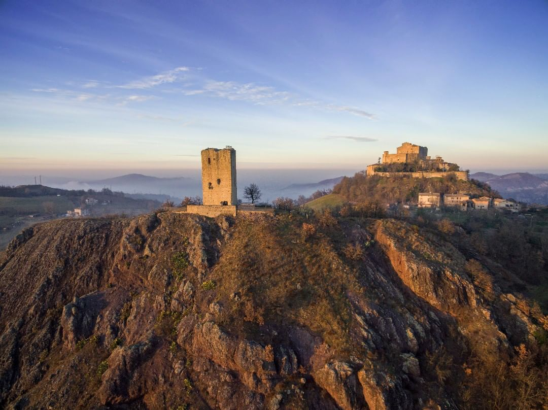 Rossena Castle | Ph. @amdbruno via Instagram