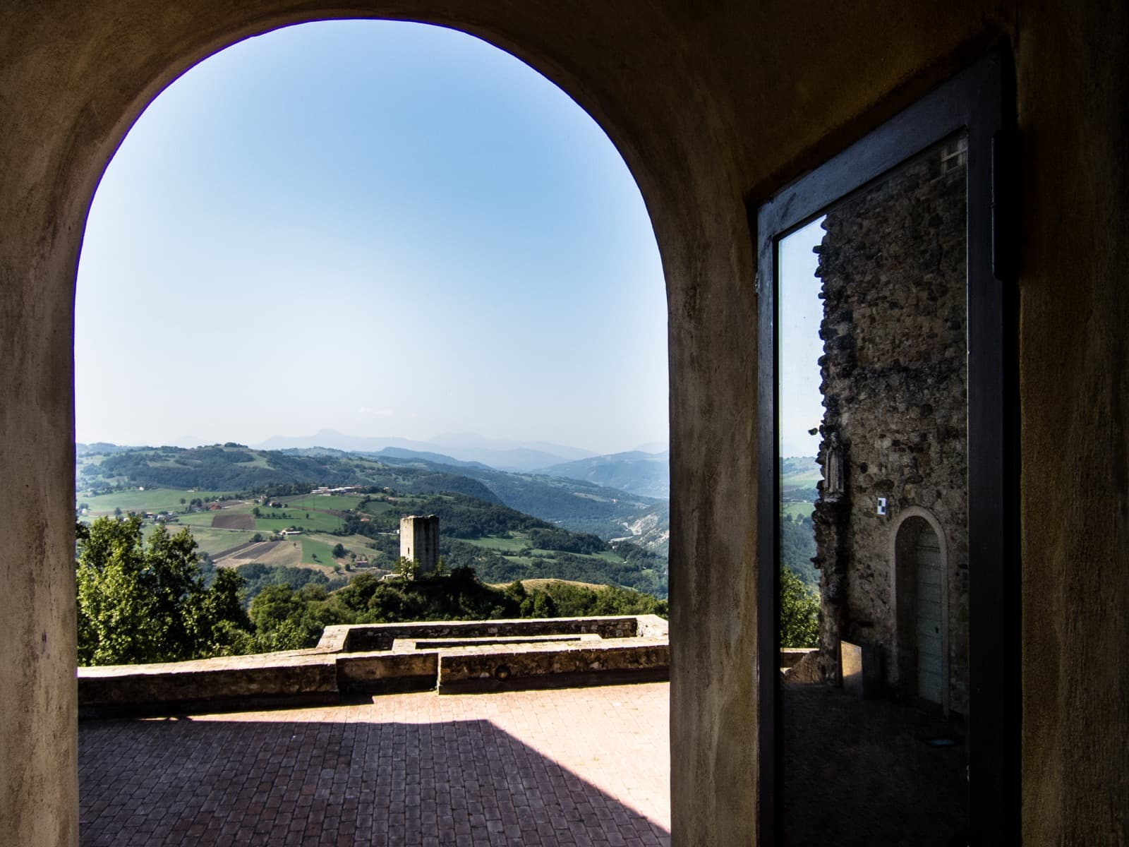 Castle of Rossena, view on the Tower or Rossenella | Ph. Gabriele Costetti