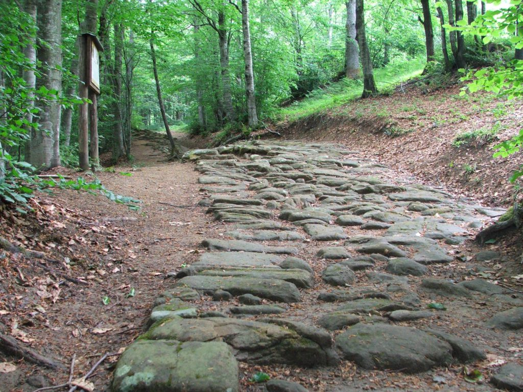 The Way of The Gods – Ancient Roman Road | Ph. AppenninoSlow