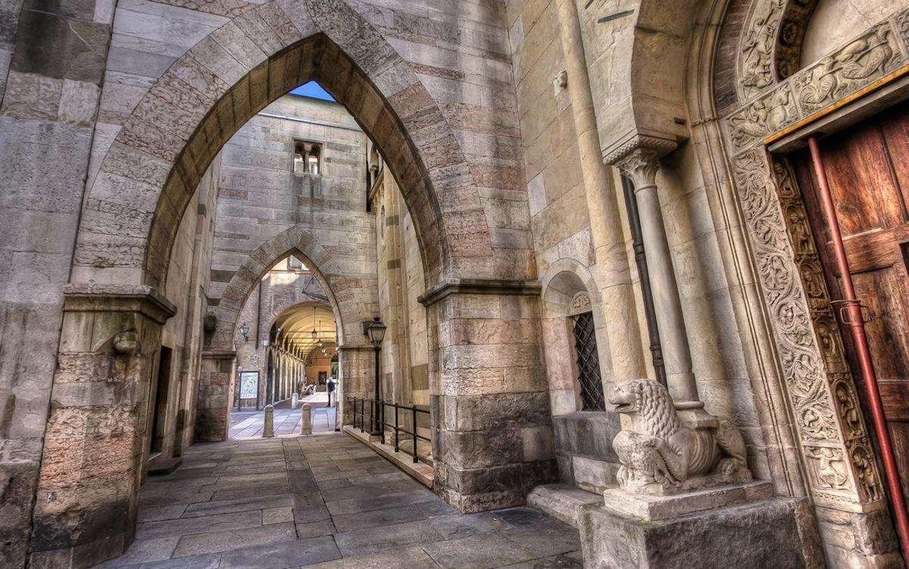 Modena, Cathedral   Ph. Simon Falvo