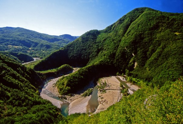 Trebbia valley: landscapes of lights and flavours