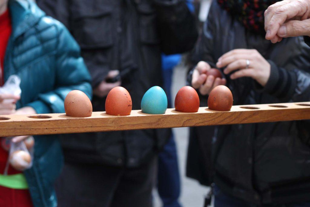 Fanano (MO), coccetto – uova in fila, ph. Eugenio Soliani, Archivio Hotel Tirolo
