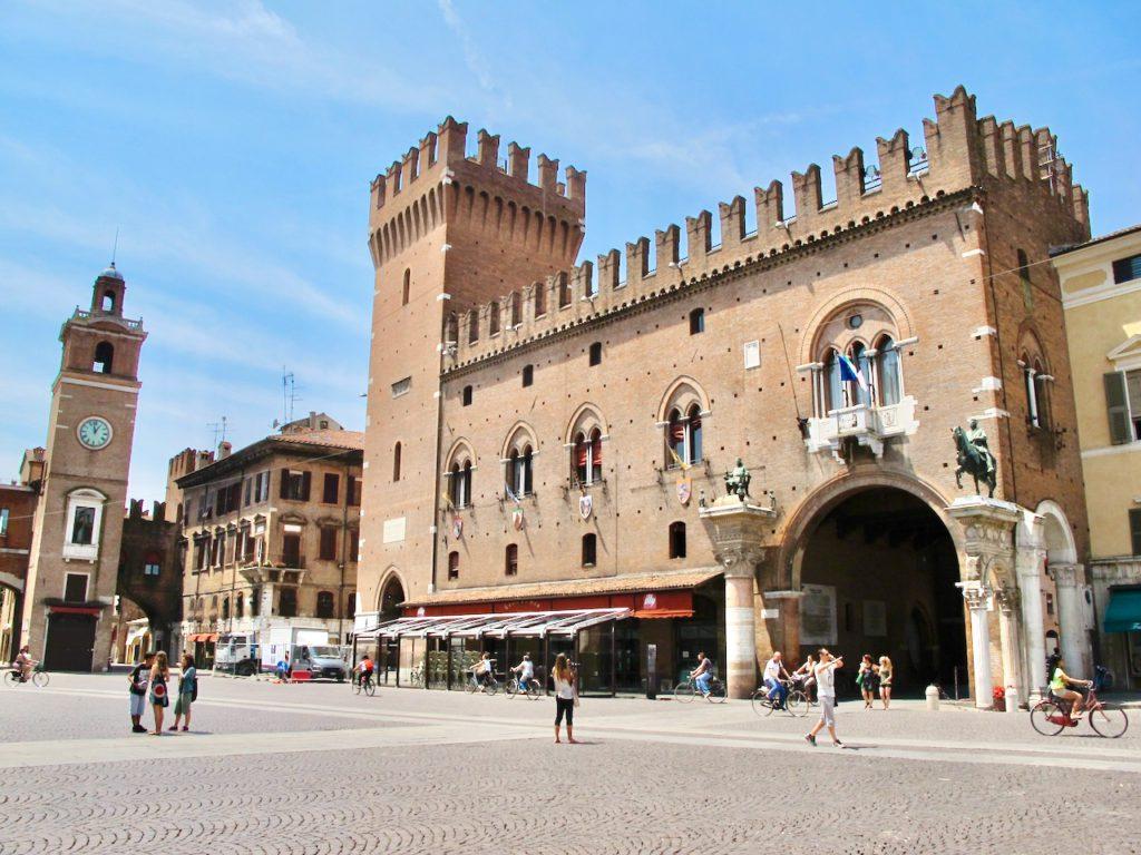 Piazza Trento Trieste, Ferrara | Ph. Keith Jenkins
