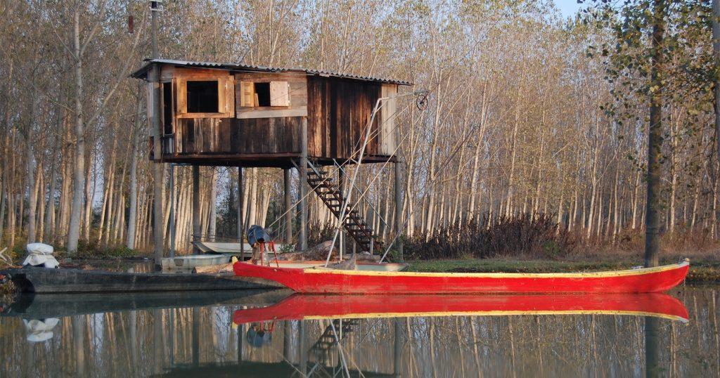 Gualtieri Fishing Huts | Ph.Stefano Zardini