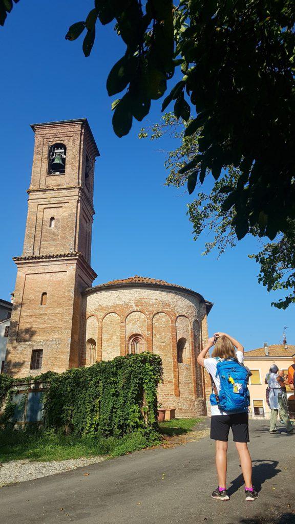 I Love Francigena – Chiesa San Tommaso Becket – Pieve di Cabriolo, ph. opi1010 https://www.instagram.com/p/Bndo3wLBmZB/