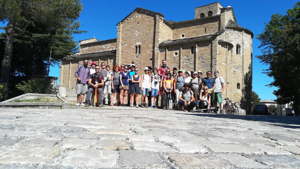 SocialTrek (Cammino di San Francesco)   Foto di gruppo prima della partenza