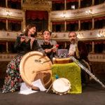 Musiche da favola: ITre cani Ph. Rolando Guerzoni, Archivio Teatro Comunale di Modena
