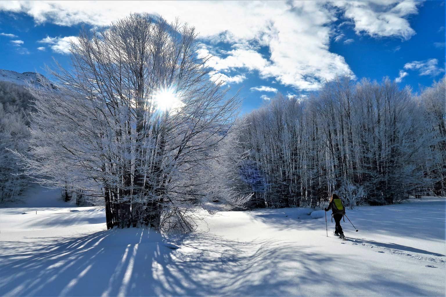 Snowshoeing in Emilia Romagna, Modena Apennines - Ph Modenatur