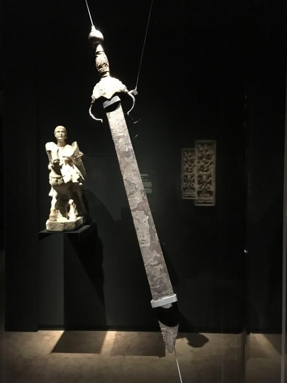 """Spada detta """"di Boabdil"""" fine del XV secolo, ferro forgiato, inciso e dorato Parigi, Musée de l'Armée"""