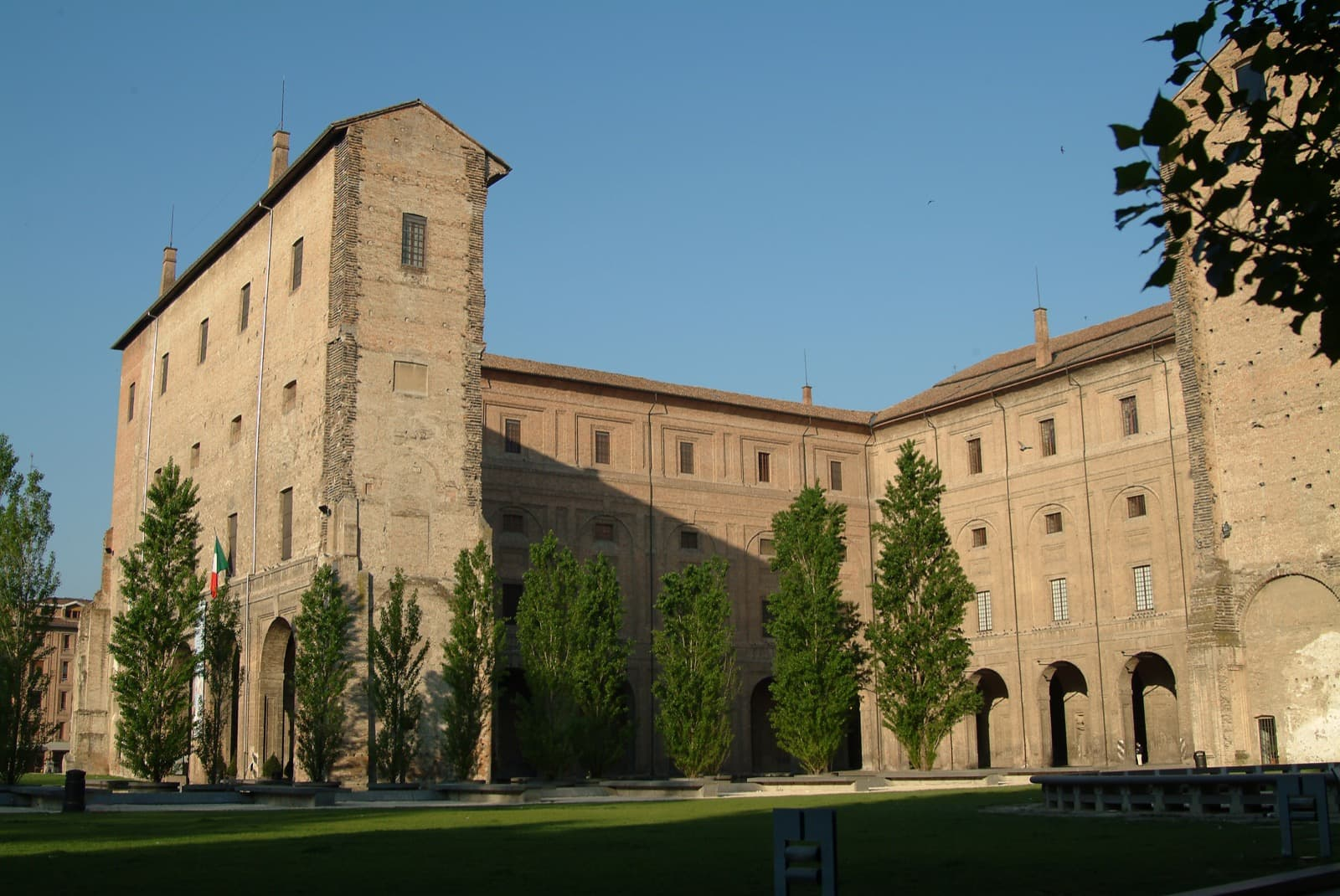 Pilotta Palace Ph. ParmaWelcome