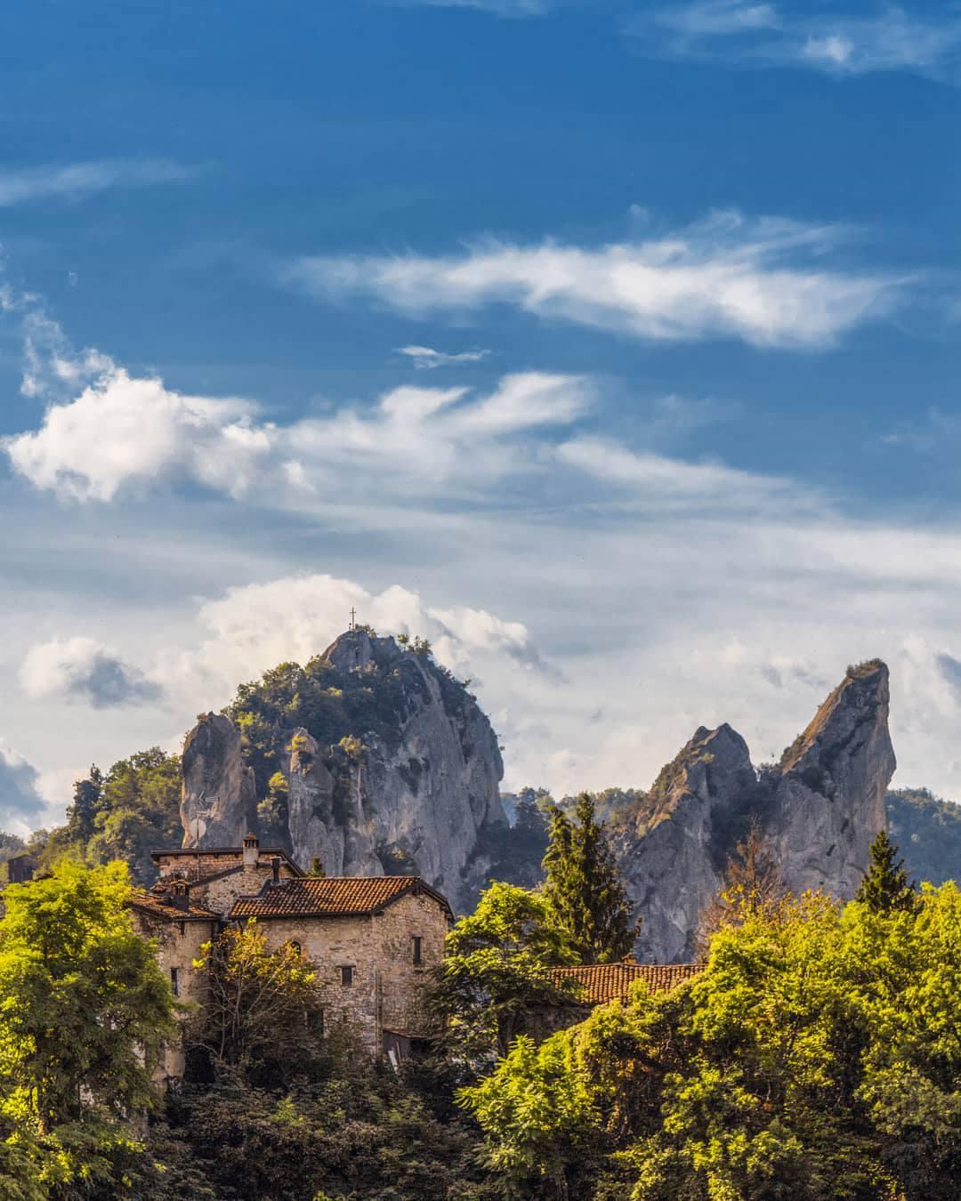 Parco dei Sassi di Roccamalatina Nacchio's Brothers via TerrediCastelli