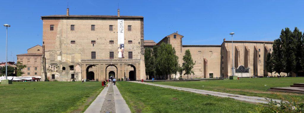 Palazzo della Pilotta di Parma | Ph. Sailko via wiki