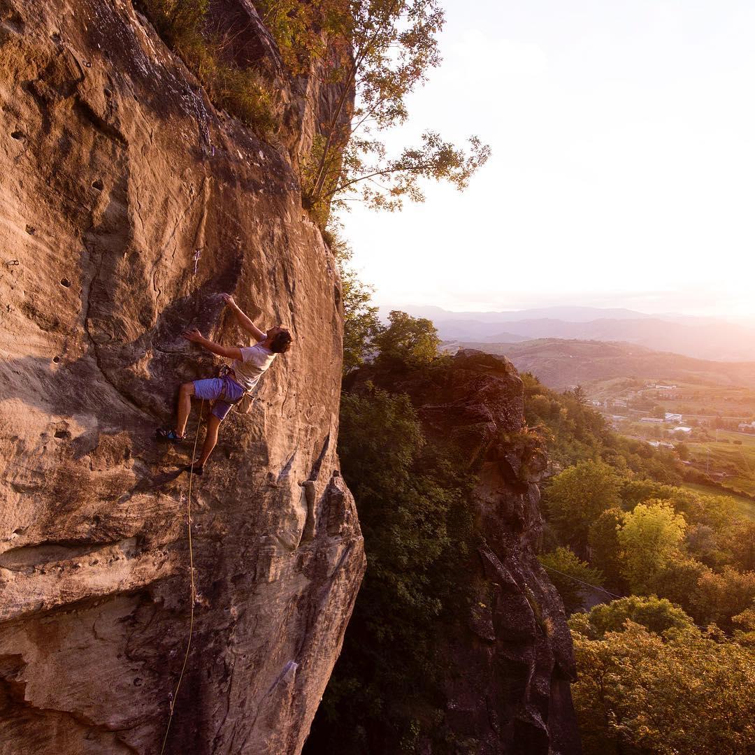 Top Rock Climbing Destinations in Emilia-Romagna