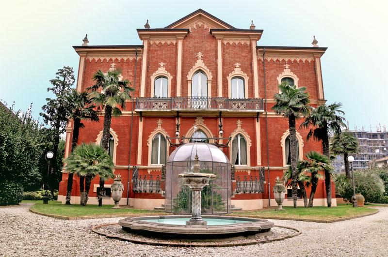 Rimini, villa Solinas, viale Principe Amedeo, fine '800, Arch. Gaetano Urbinati, committenza Solinas Apostoli, proprietà privata