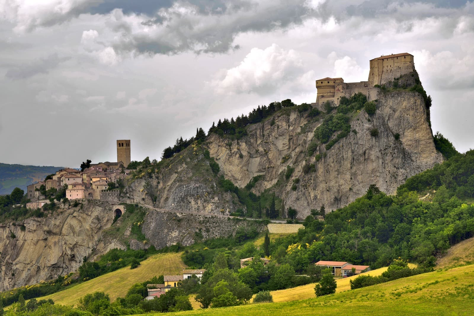 San Leo, view of the village Ph. carlo_grifone