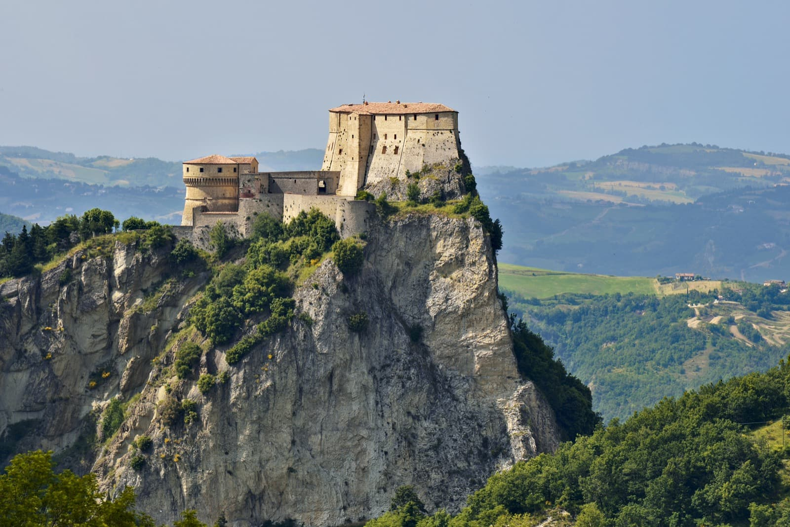 San Leo, view of the fortress Ph. carlo_grifone
