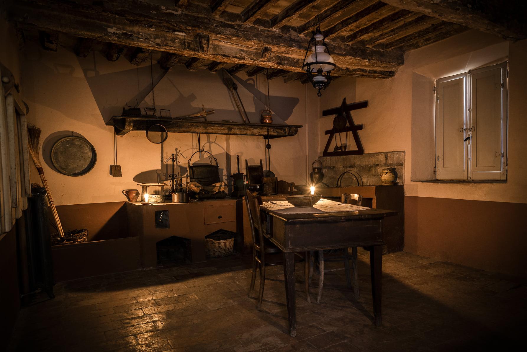 San Mauro Pascoli (FC),cucina casa Pascoli, Archivio Comunale, CC-BY-NC-SA 3.0