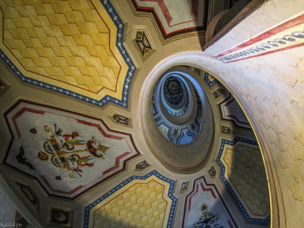 Spiral staircase designed by Vignola – Angelo Nacchio