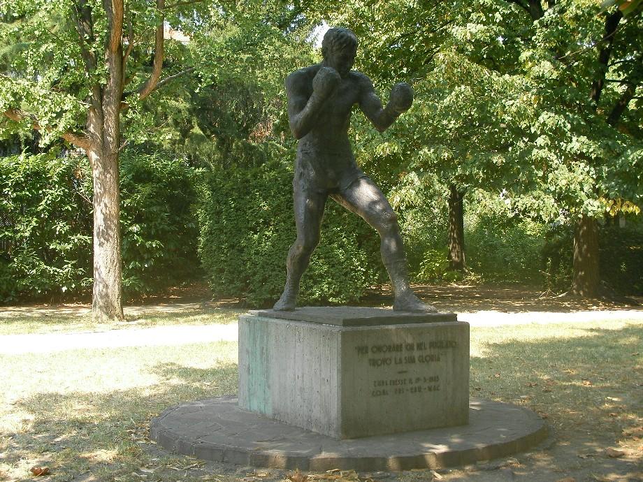 Statue of Primo Carnera, Parco della Resistenza