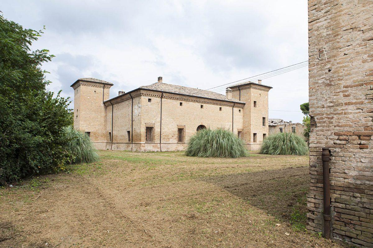 Along the Lamone River | Savarna towers (Ravenna)